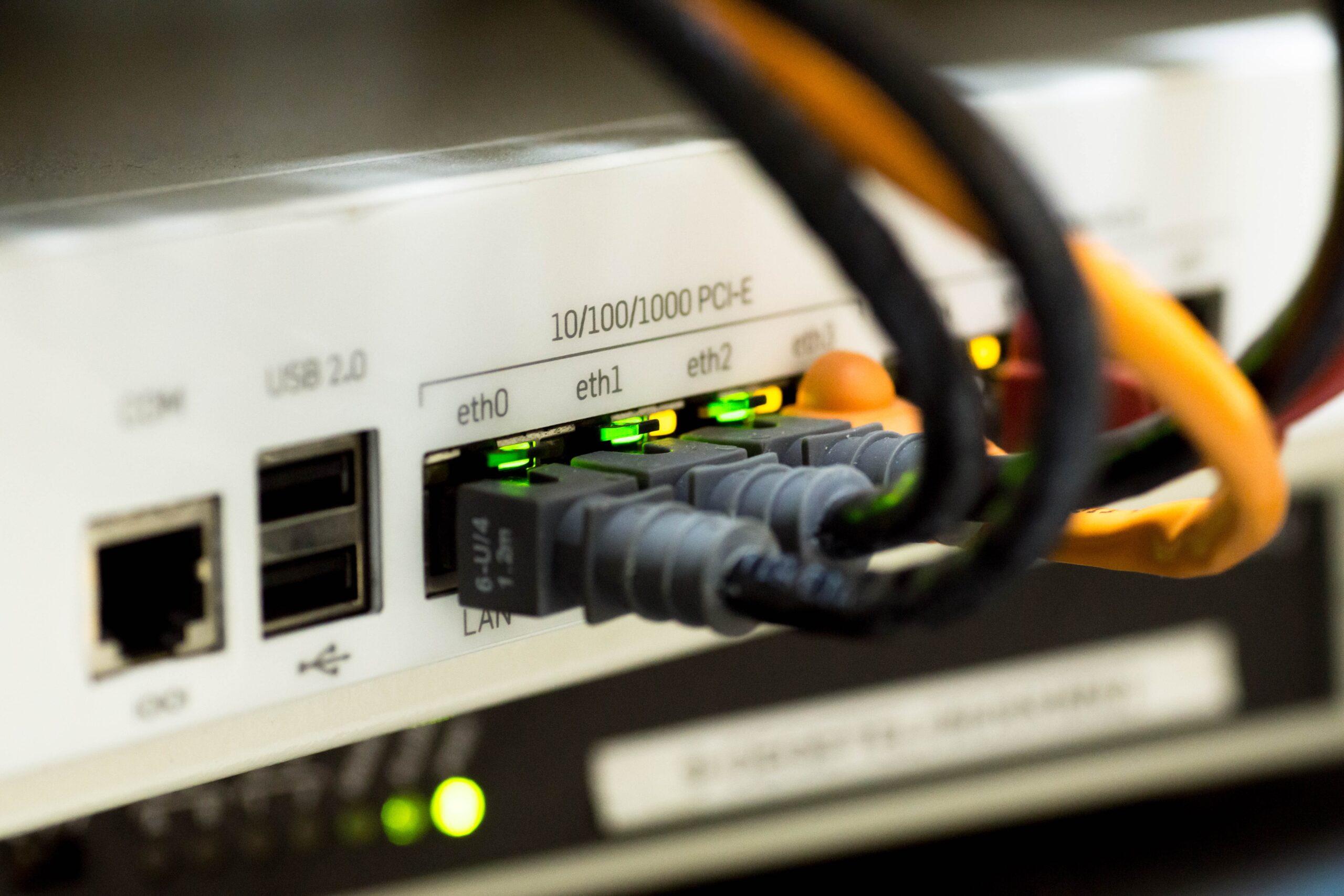 Streaming en directe i instal·lació temporal o fixa de xarxes.